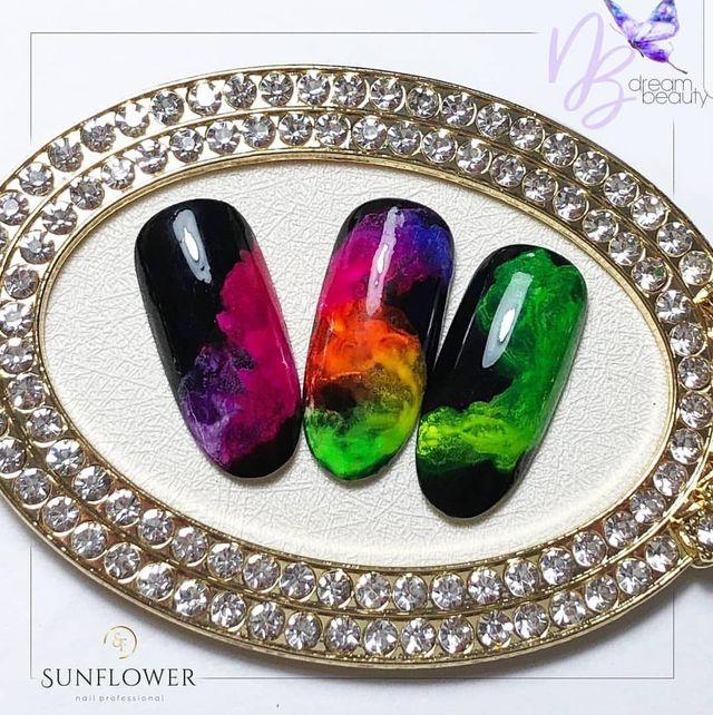 Productos para uñas y pestañas