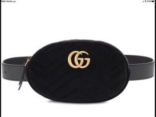 Bolso tipo riñonera Gucci / Marmont terciopelo