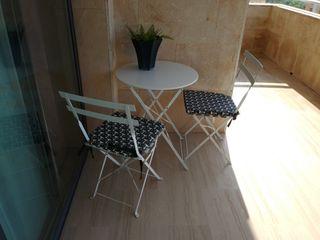 Mesa y 2 sillas de terraza/jardin