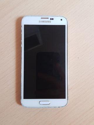 Samsung Galaxy S5 (cargador incluido)