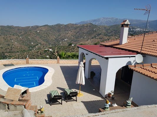 Alquiler larga temporada casa rústica Sayalonga (Sayalonga, Málaga)