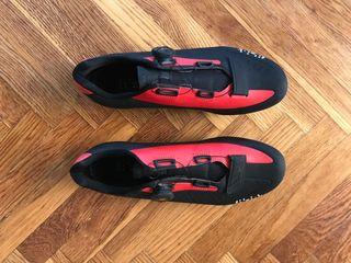 Zapatillas ciclismo carretera FIZIK R5