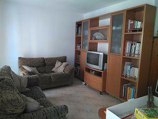 conjunto de sofás y mueble apto para TV