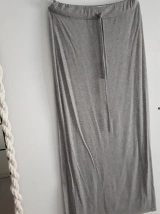 se vende falda larga