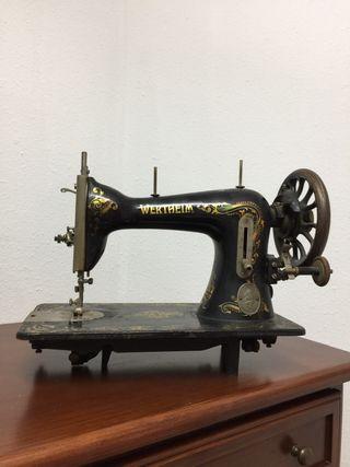 Cabeza máquina de coser antigua