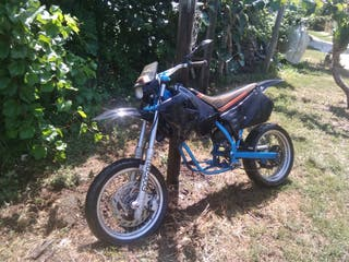 se vende supermotard 50cc