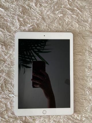 iPad 2018 + pencil
