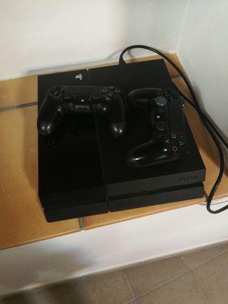 PS4 seminueva+ dos mandos + juegos