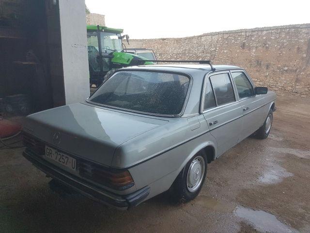Mercedes-Benz w123 300d 1989