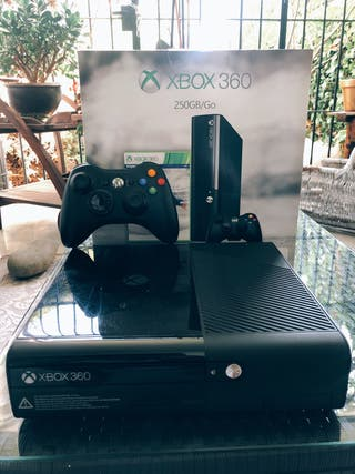 CONSOLA XBOX 360 / 250 GB