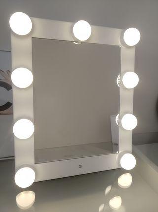 Espejo Chanel de tocador led camerino.