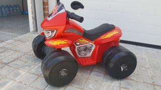 Quad infantil con bateria recargable