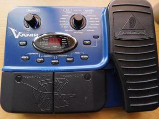 Pedalera Behringer X V-Amp
