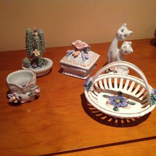 Cojunto de figuras de ceramica