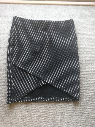 Falda de tubo estampada.