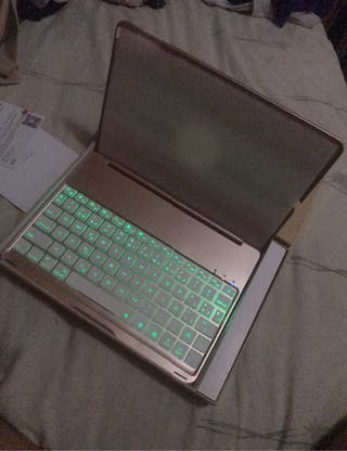 Cover con teclado Bluetooth