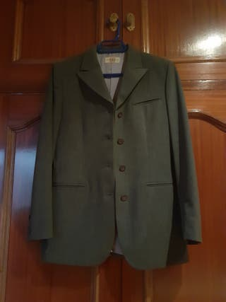 Traje de chaqueta gris claro