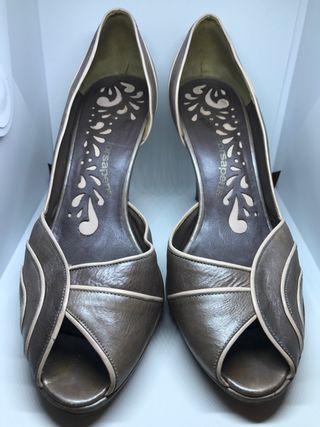 Zapato de fiesta ( cuero )