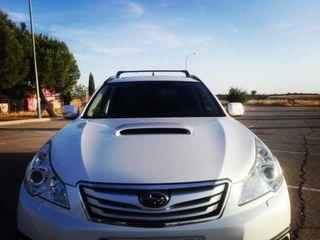 Subaru Outback 2010 4 x 4