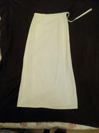 Falda larga cruzada blanca