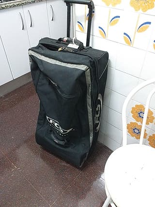 maleta viaje surf