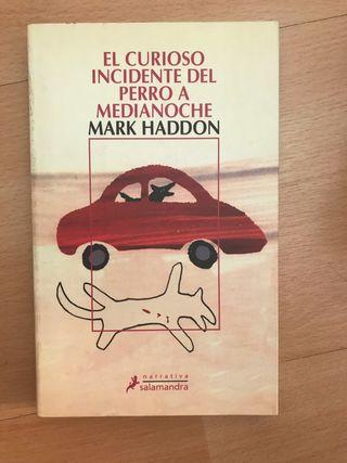 Libro: El curioso incidente del perro a medianoche