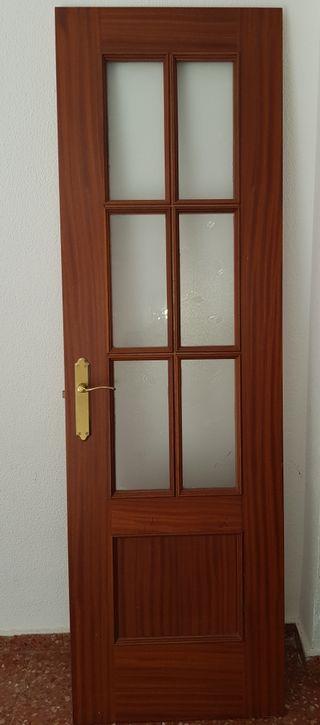 puertas de salon con cristal. Precio negociable.