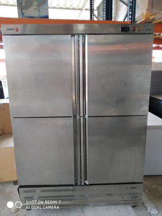 Nevera frigorífico armario frío 4 puertas Fagor