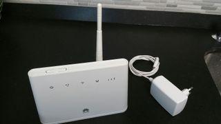 Huawei B310s-22 Router 4 g LTE mégabit