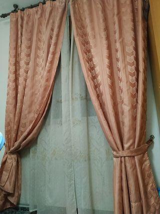 cortinas ,visillo y barra.
