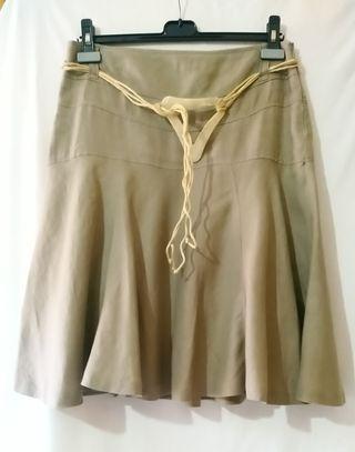 Falda marrón largo por la rodilla