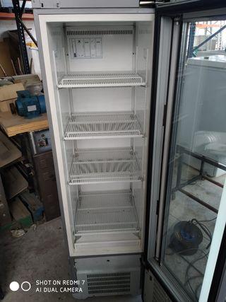 Nevera armario frigorífico