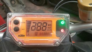 cuadro cuenta kilómetros ktm 990 superduke