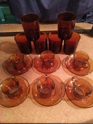 Juego de té y vasos de Duralex