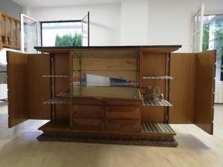 Mueble bar clásico