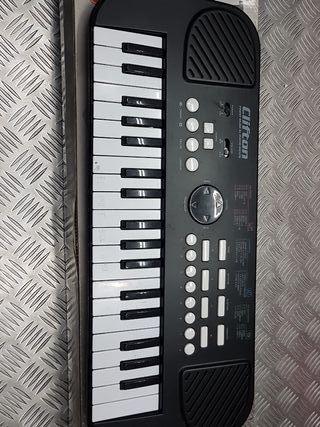PIANO CLIFTON FINEST INSTRUMENTS (SIN TAPA)