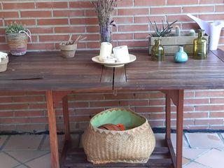 Mesa de jardin y 2 sillas