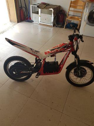 moto electrica beta E16