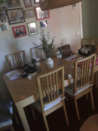 Conjunto comedor IKEA mesa y sillas