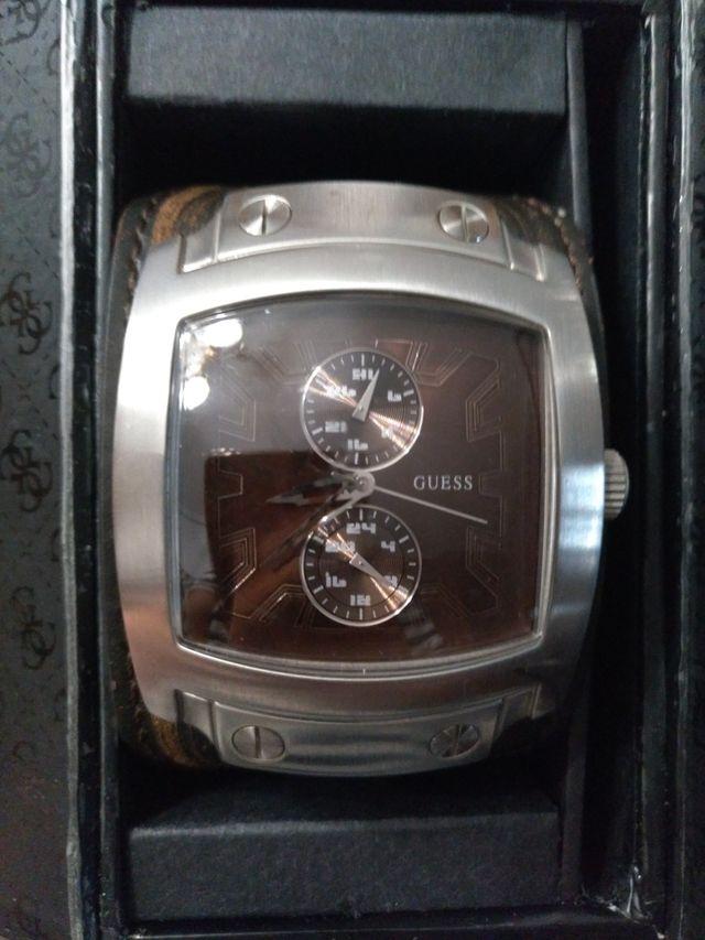 Reloj hombre GUESS