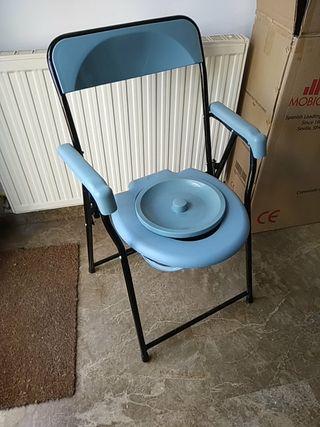silla con inodoro . Plegable