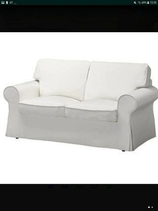 sofa de 2 plazas de ikea.Loneta blanca