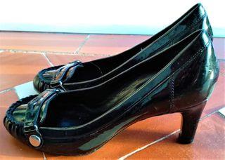 Zapato de tacón de Charol estilo salón