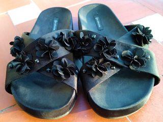 Sandalias Negras decorativas