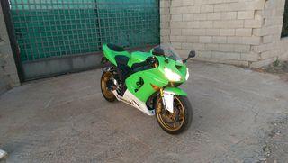 moto Kawasaki 636