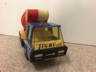 Camión hormigonera gozan