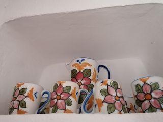 jarra y tazas de ceramica antiguas