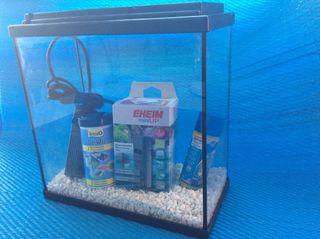 Pecera acuario 10litros con filtro Eheim para 30l
