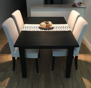 Mesa comedor + 4 sillas de comedor