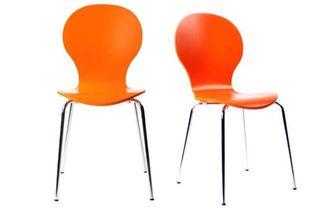 Lote de 4 sillas madera colores variados.
